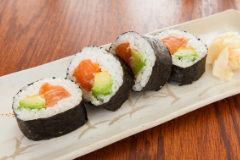 Salmon Avo Roll - 4pcs