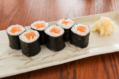 Salmon Roll - 6 pcs