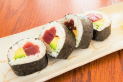 Tuna Avo Roll - 4pcs